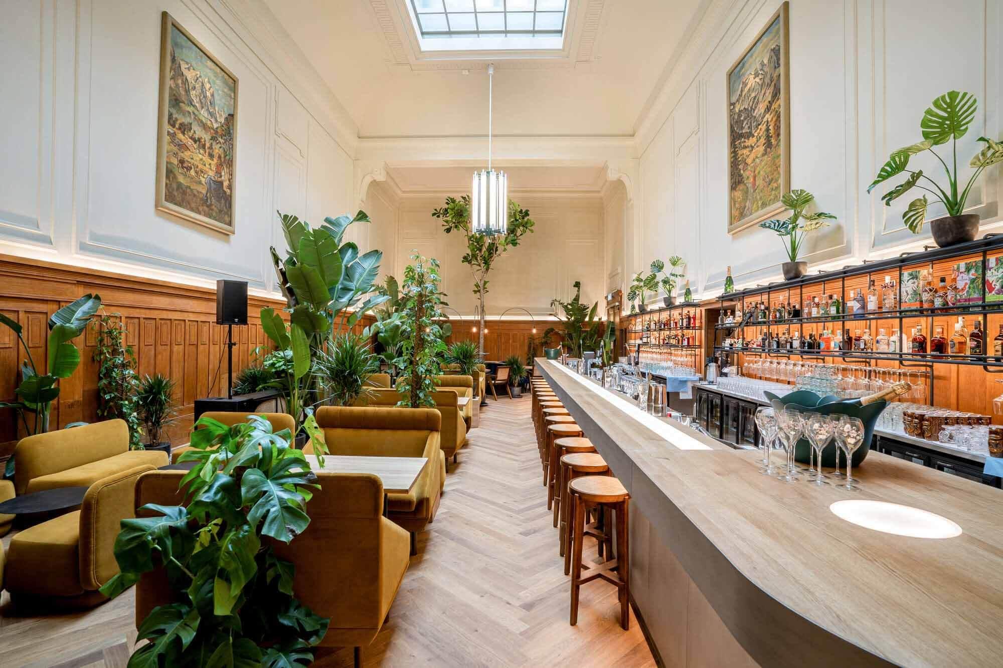 Ресторан Lora / Foeldvary Staehelin
