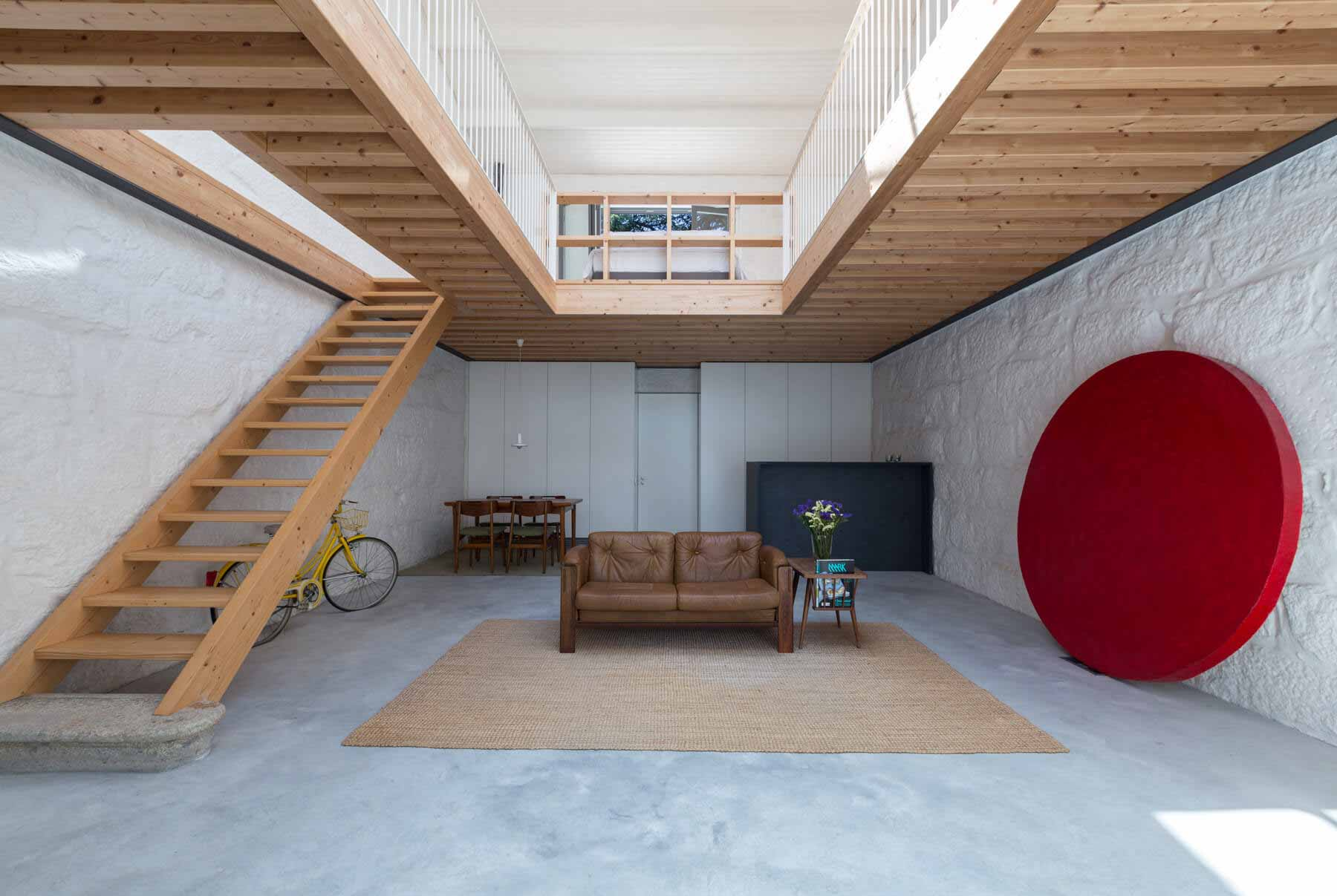 LSC House / Архитектурная студия Александра Лоурейро