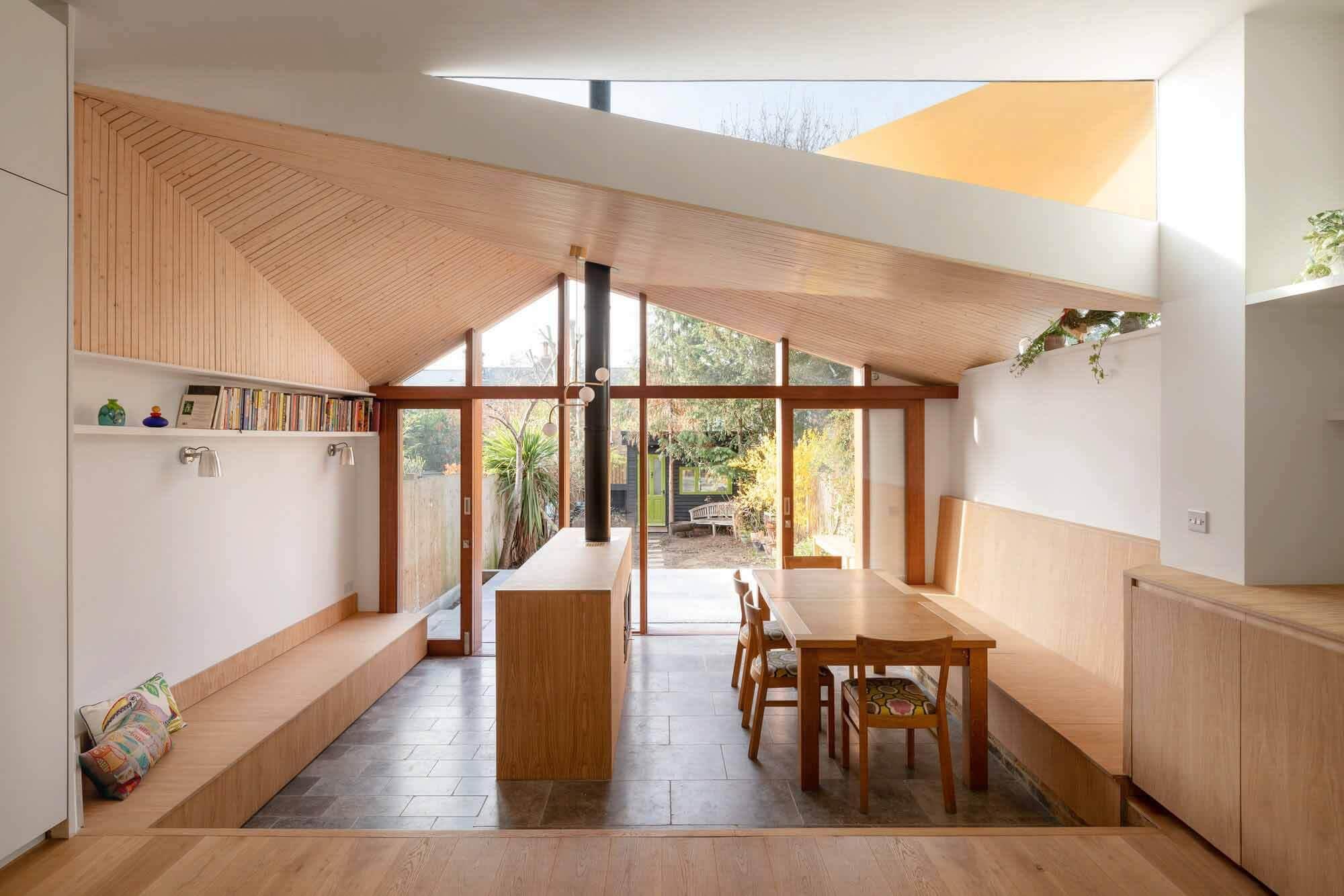 SE24: Сидя под деревом / Turner Architects