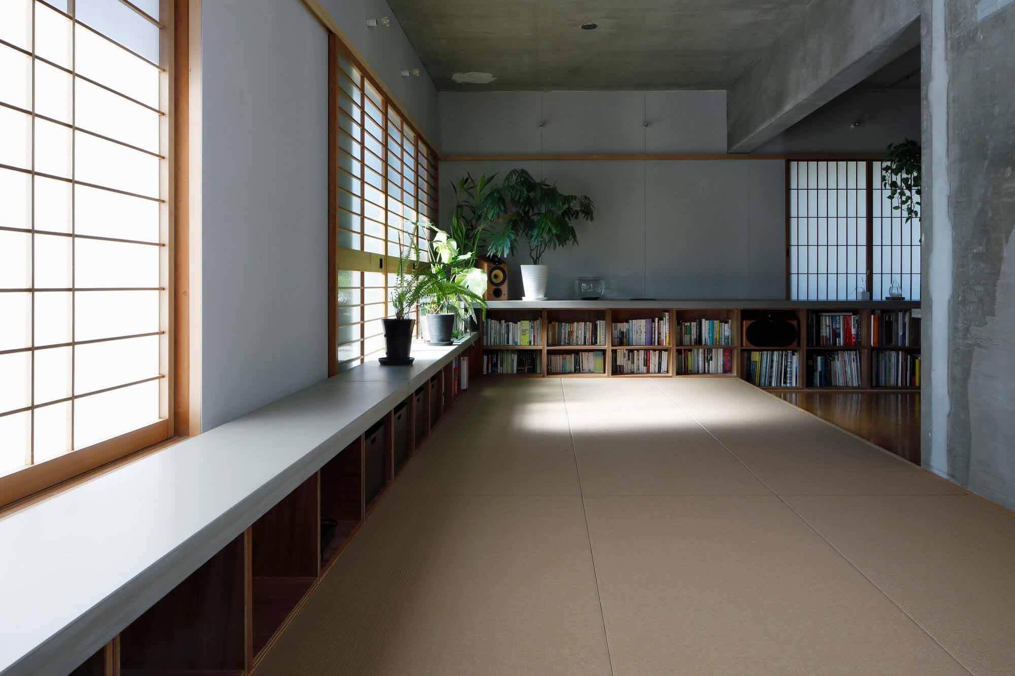 Квартира в Киташиракава / IN STUDIO