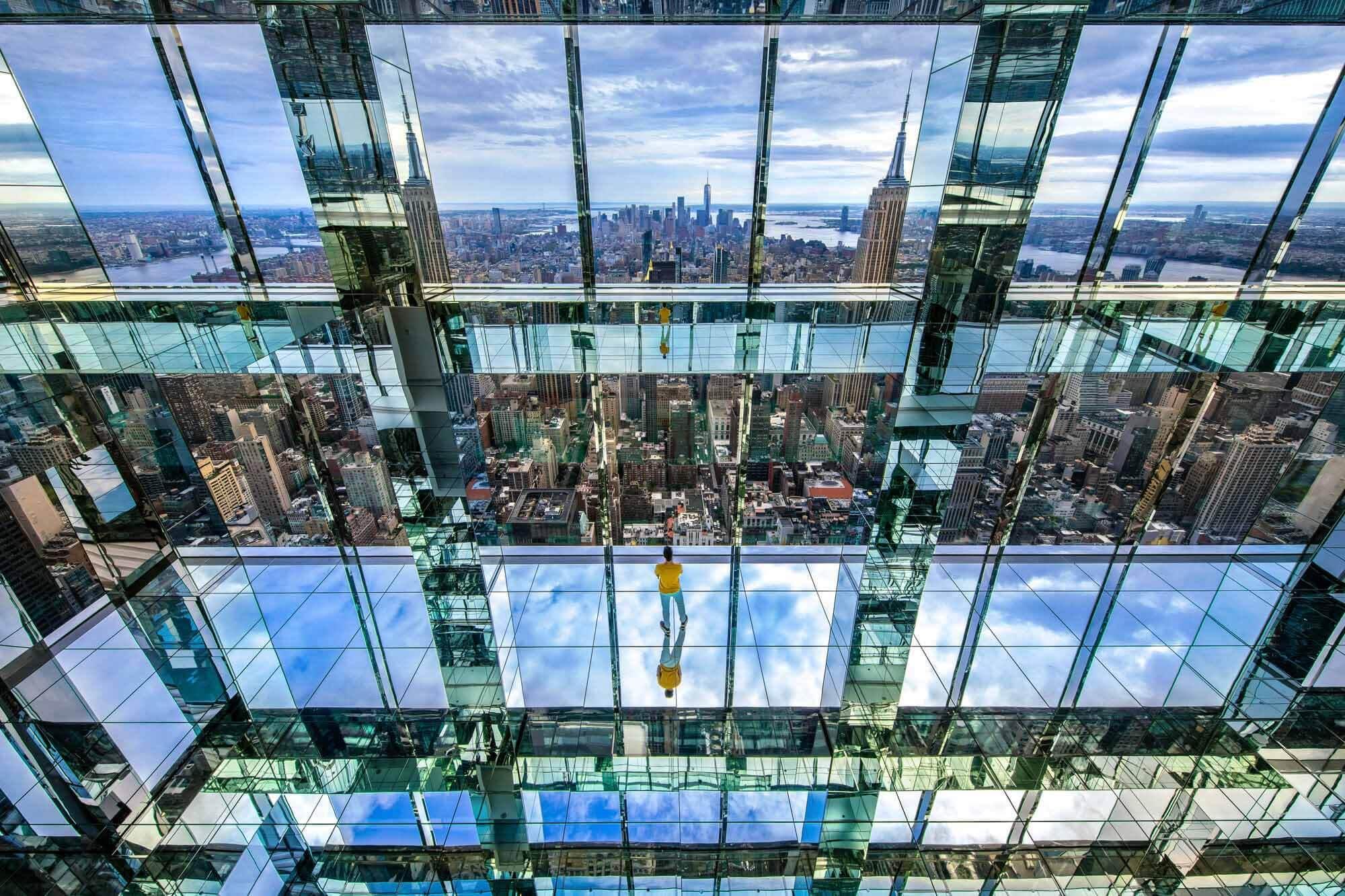 SUMMIT One Vanderbilt — новейшая смотровая площадка из стекла в Нью-Йорке.
