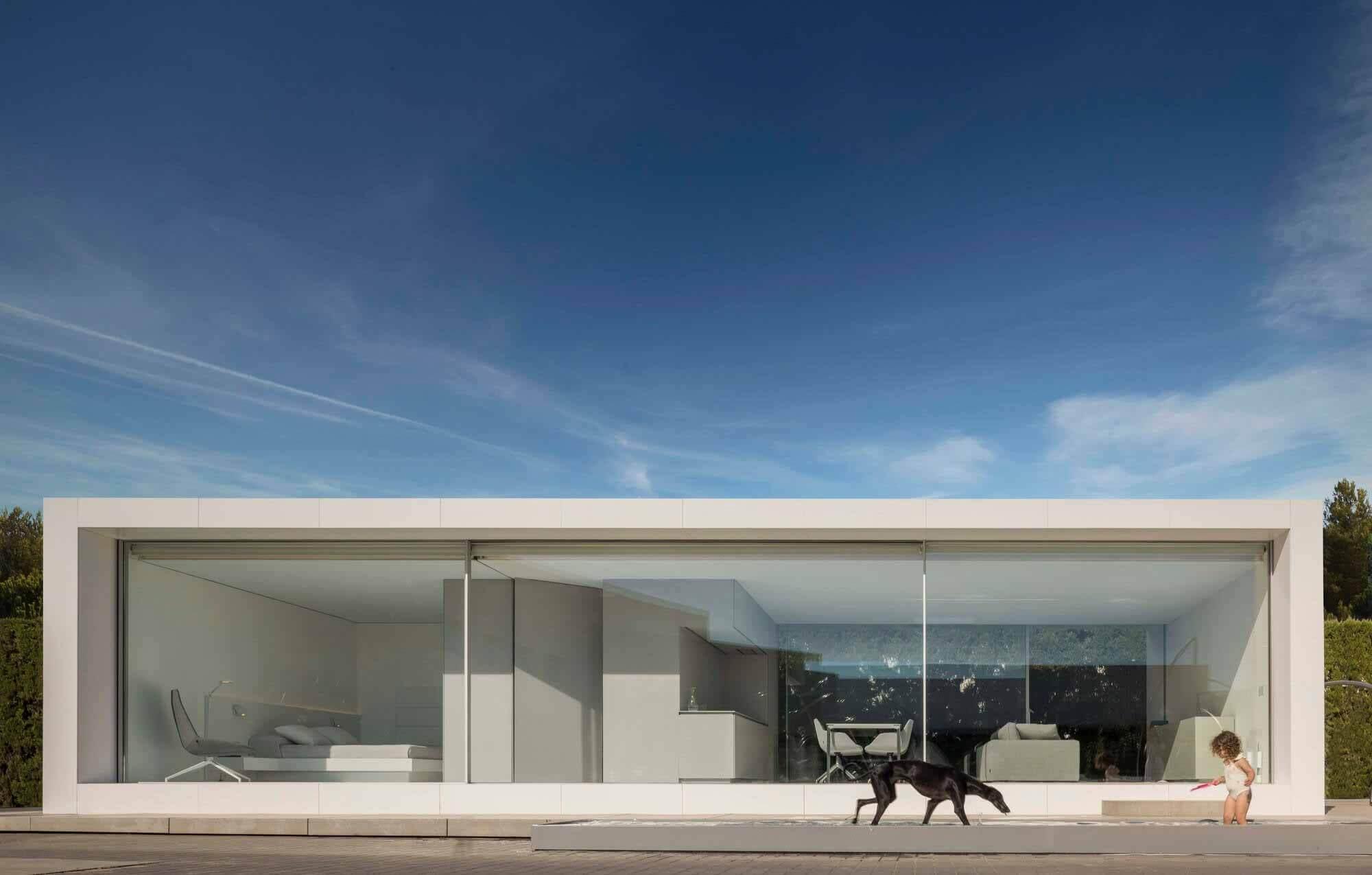 N70 NIU House / Fran Silvestre Arquitectos