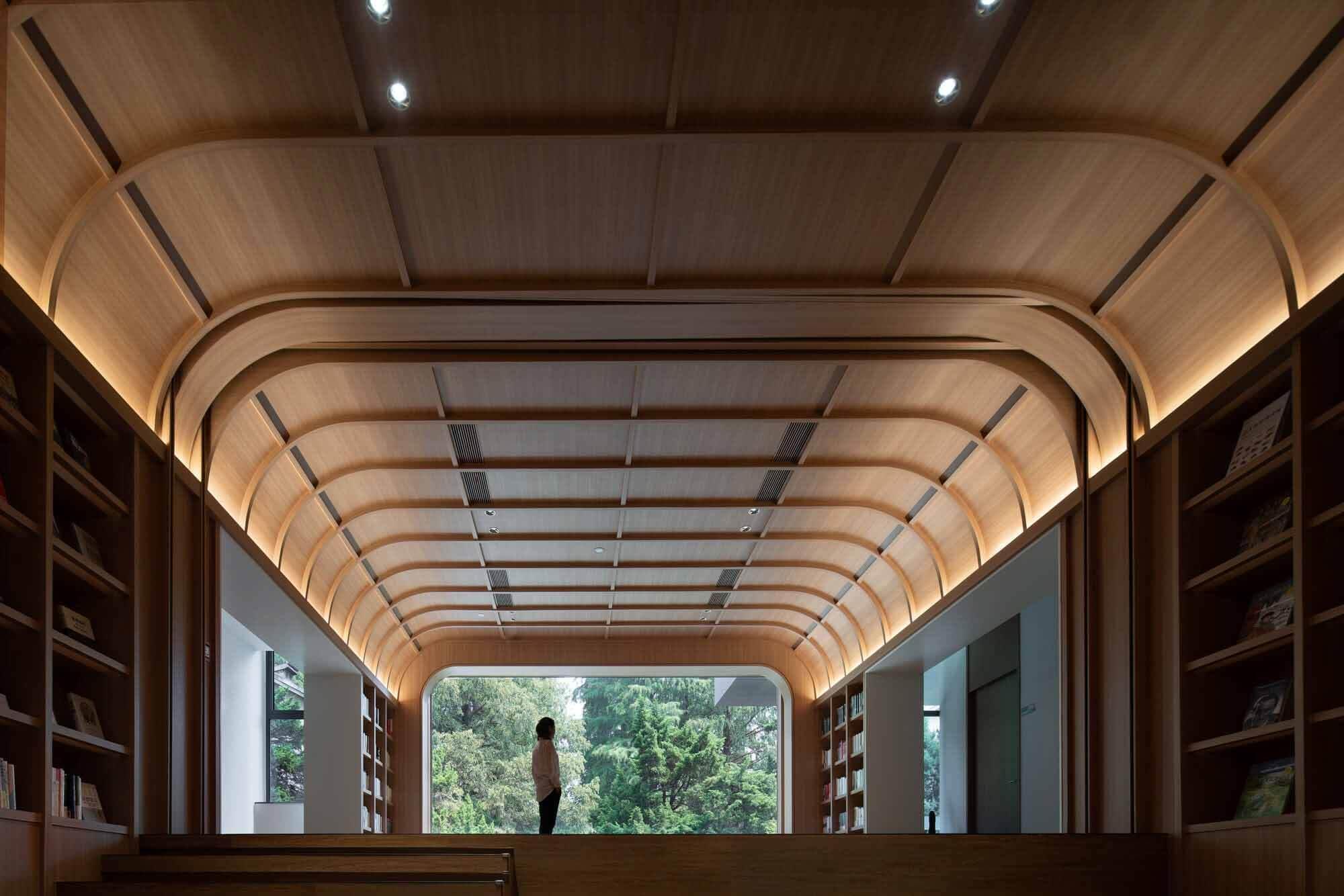 Ремонт библиотеки в Нанкинском педагогическом университете / Дизайн DUTS
