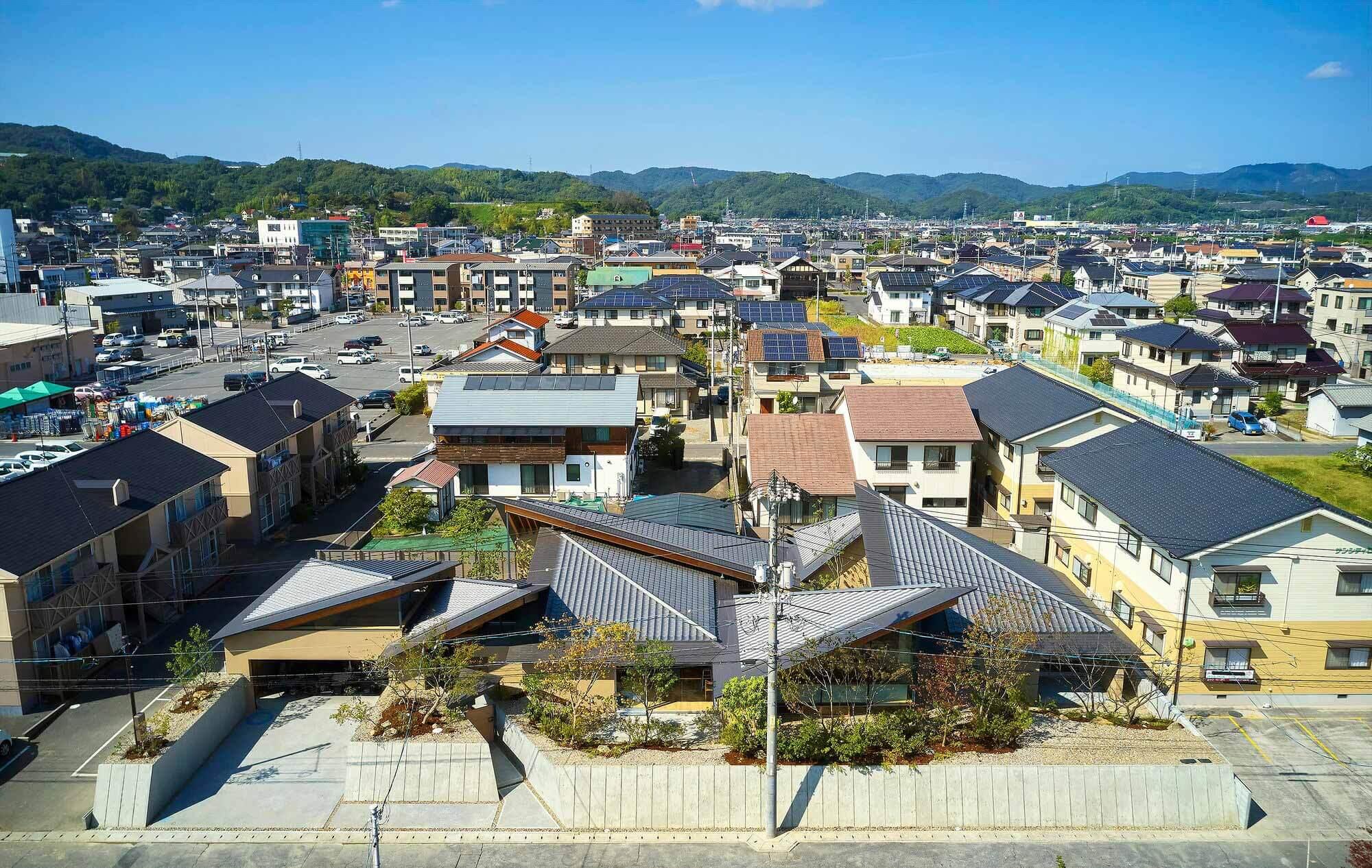 Дом бабочек / UID Architects