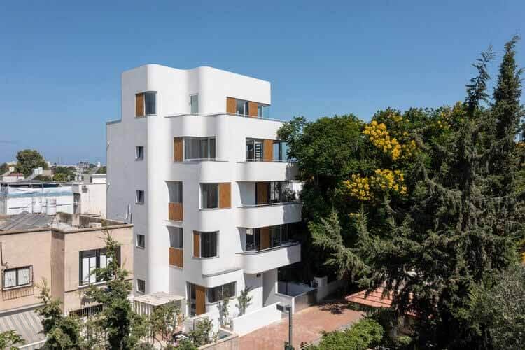 42 Shvat Street Apartments / Yaniv Pardo Architects, © Амит Герон