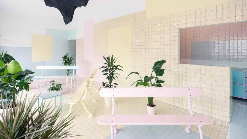 Bureau использует пастельные тона для создания сказочного интерьера женевского спа-салона.