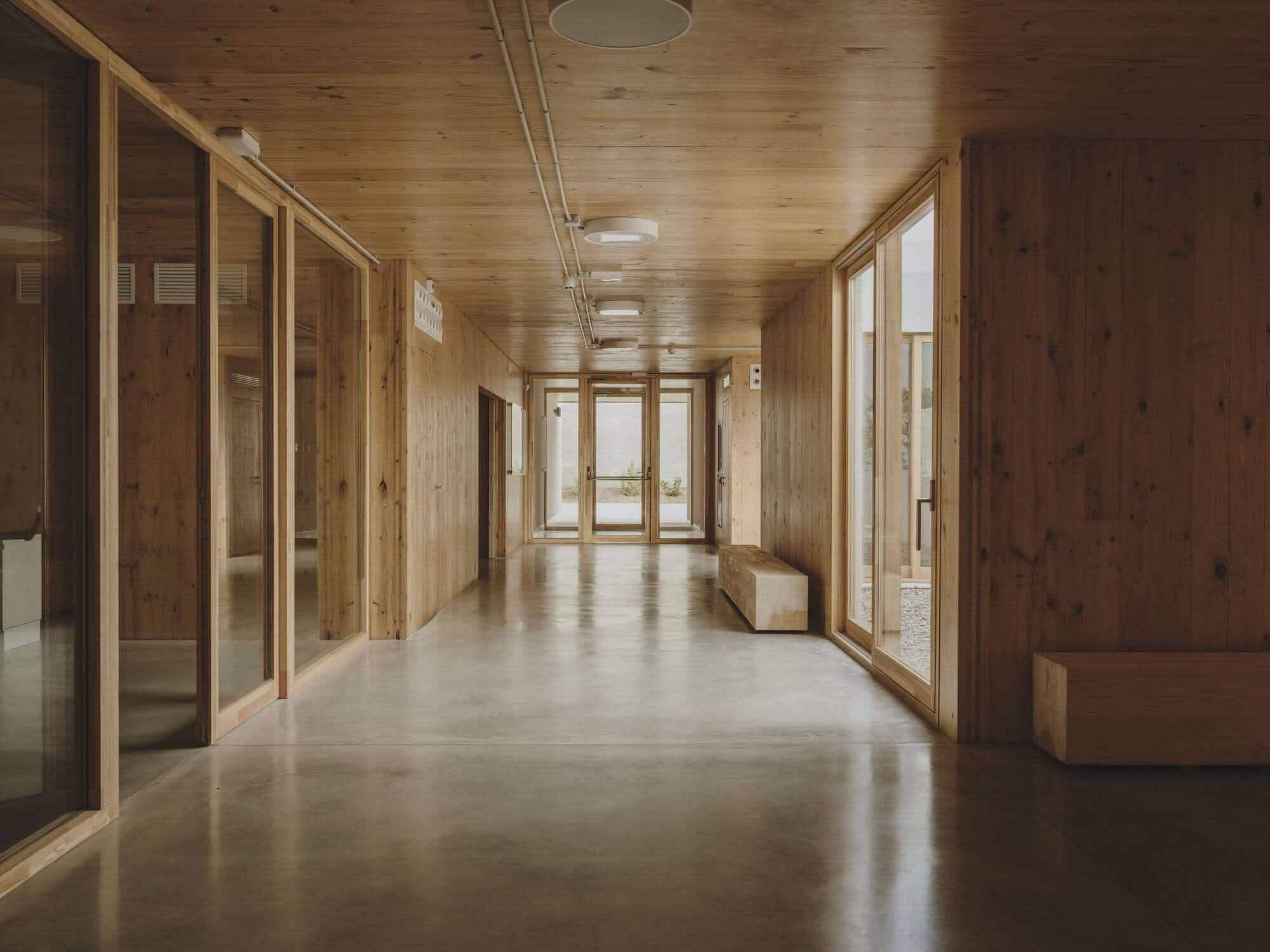 Дневной центр Альцгеймера / GCA Architects