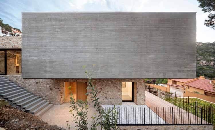 Дом 1510 / Nordest Arquitectura, © Adrià Goula