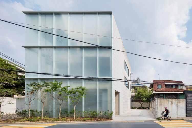 Это другое офисное здание / FHHH FRIENDS, © Shin Kyung Sub