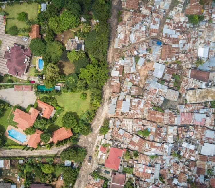 Городские остатки колониального планирования в Африке: Дар-эс-Салам и Найроби, Мсасани и Масаки - Дар-эс-Салам.  Изображение © Джонни Миллер