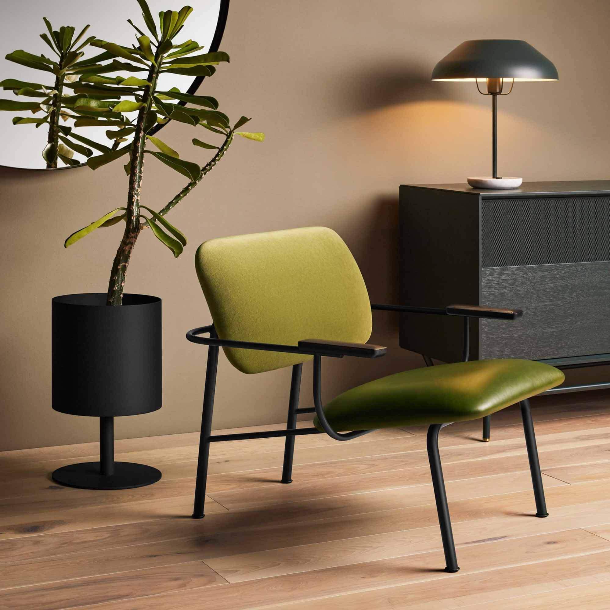 Кресло Method от Blu Dot среди товаров на Dezeen Showroom
