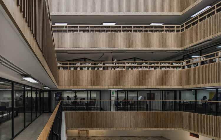 Модернизация библиотеки Габриэля Турбая / CONTRAPUNTO Taller de Arquitectura, © Алехандро Аранго Эскобар