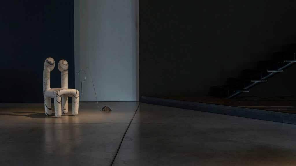Новые дизайнеры создают мебель в ответ на работы Рика Оуэнса