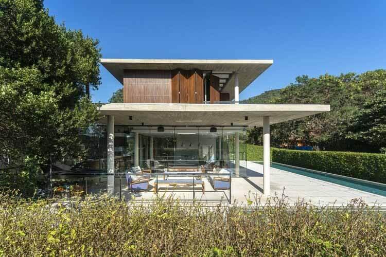 Дом Порту-да-Лагоа / Маркетти Бонетти + Arquitetos Associados, © Роналду Азамбуджа