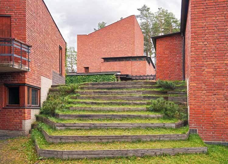 Путеводитель по архитектуре: 20 работ Алвара Аалто, которые нужно обязательно посмотреть, адаптированное цифровое изображение.  Изображение © Пользователь Википедии: Kulmalukko Лицензия CC BY-SA 3.0