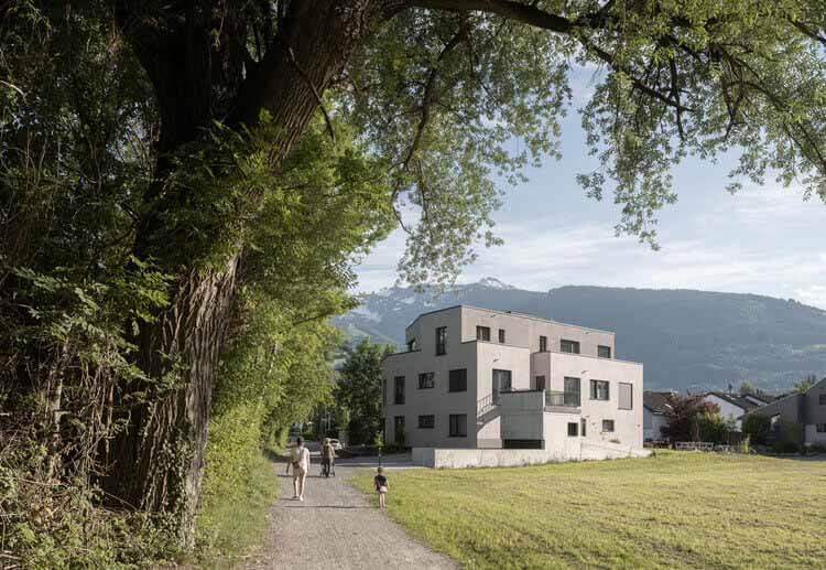 Residence Eisenerz / Apropos Architects, © Alex Shoots Buildings