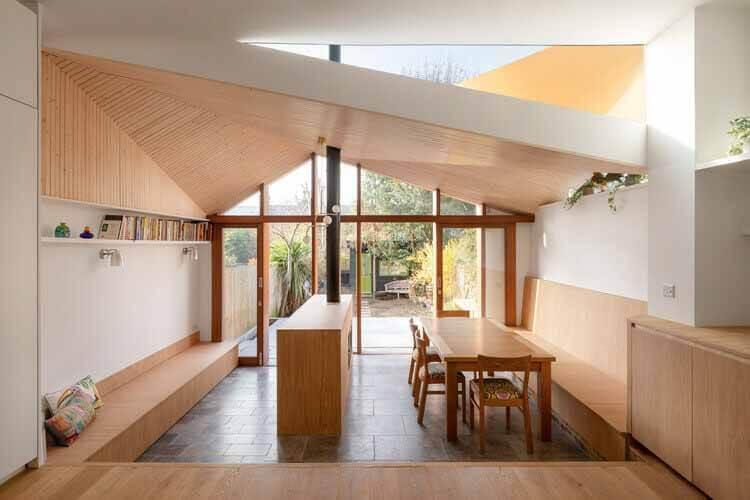 SE24: Сидя под деревом / Turner Architects, © Адам Скотт