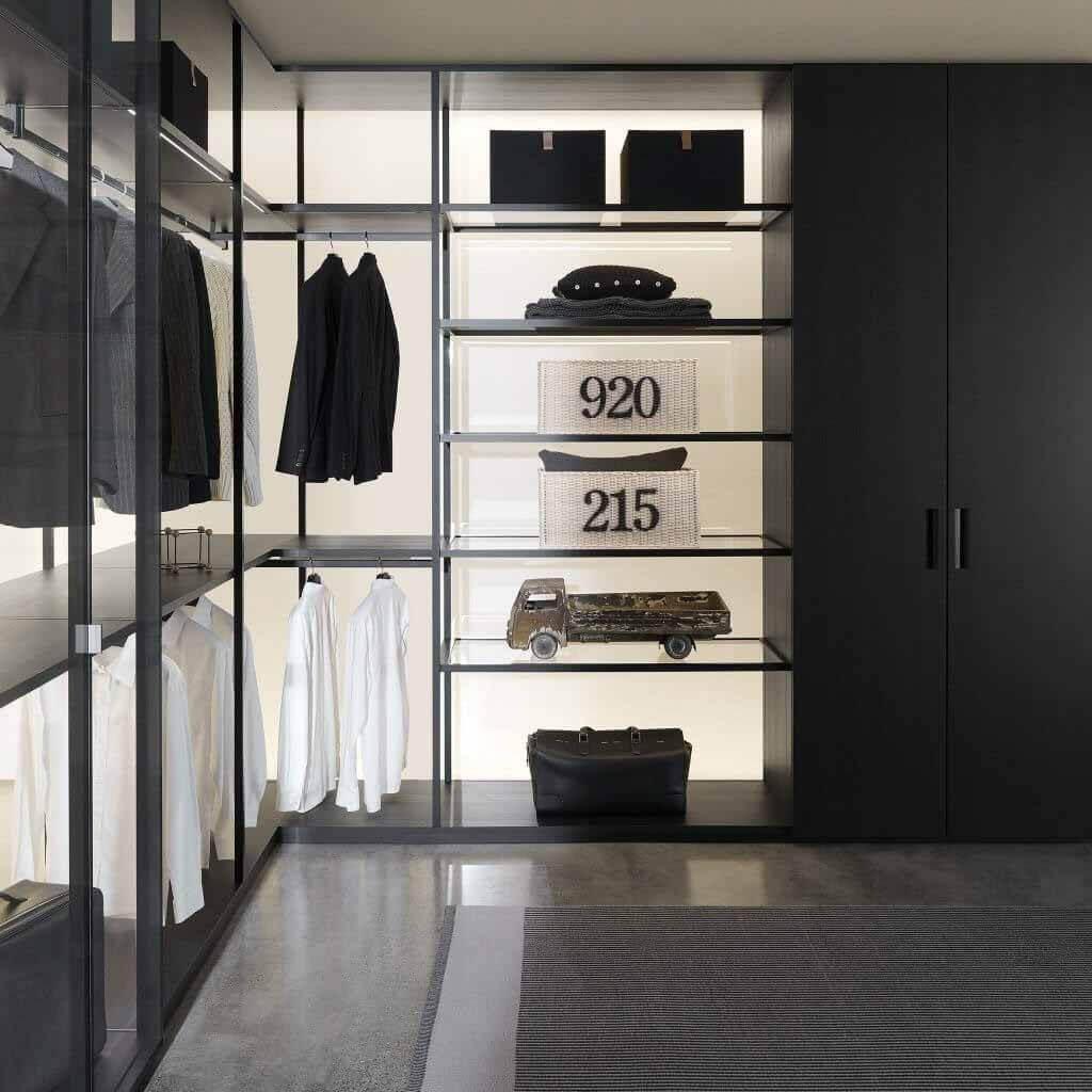 Шкаф для хранения Black Sugi от Пьеро Лиссони для Порро