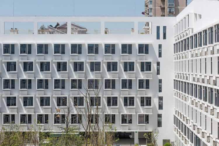 Современное социальное жилье в Китае: игра с ограничениями, Longnan Garden Social Housing Estate / Atelier GOM.  Изображение предоставлено Atelier GOM