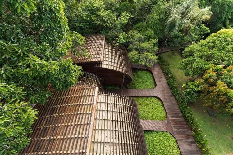 Традиционные методы, применяемые в современной архитектуре Амазонки, Mirante do Gavião Amazon Lodge / Atelier O'Reilly.  Фото: Жан Даллазем
