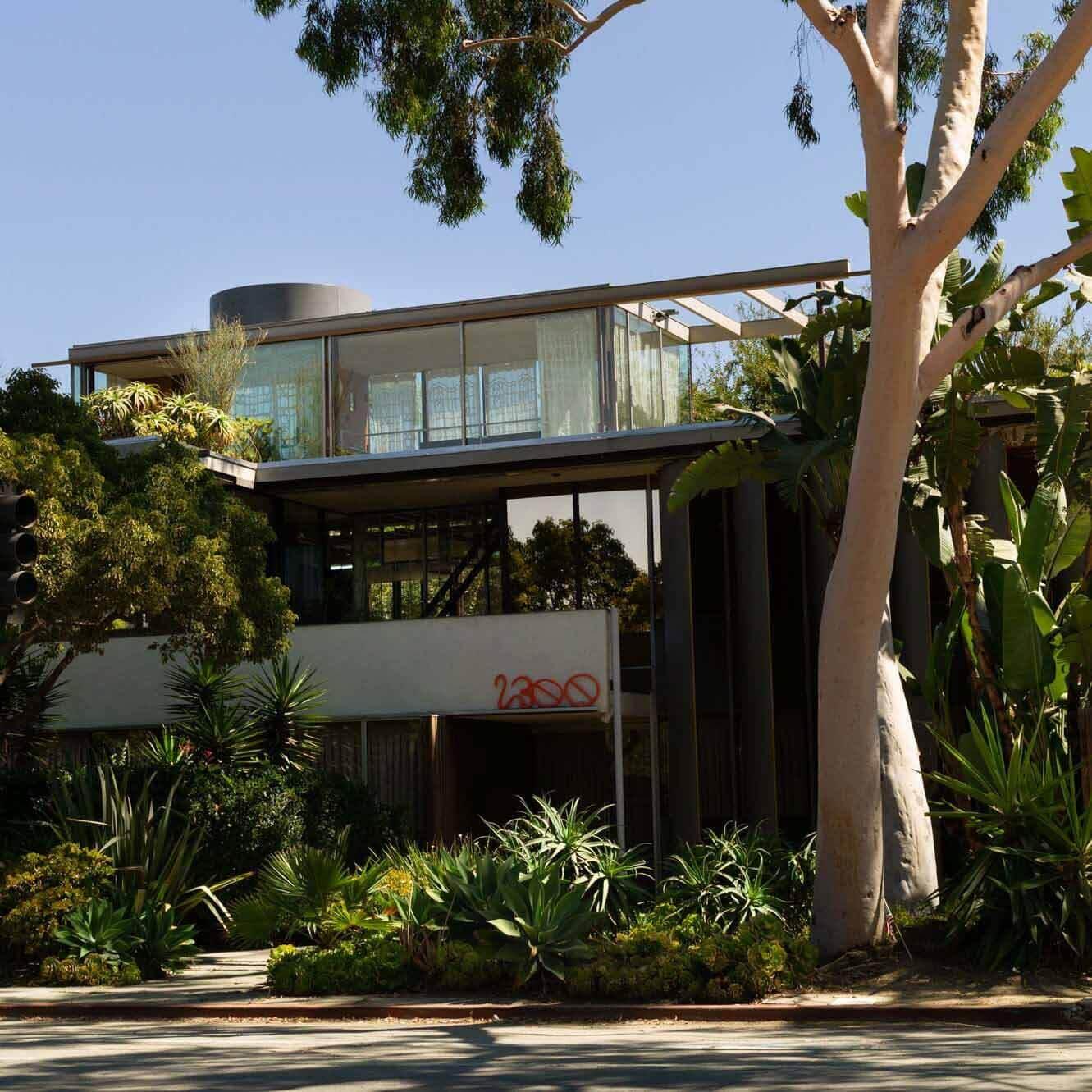 В доме Neutra VDL II проходит групповая выставка Built In в Лос-Анджелесе