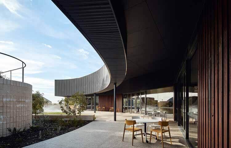 Жилой колледж City Beach / iredale pedersen hook architects, © Peter Bennetts