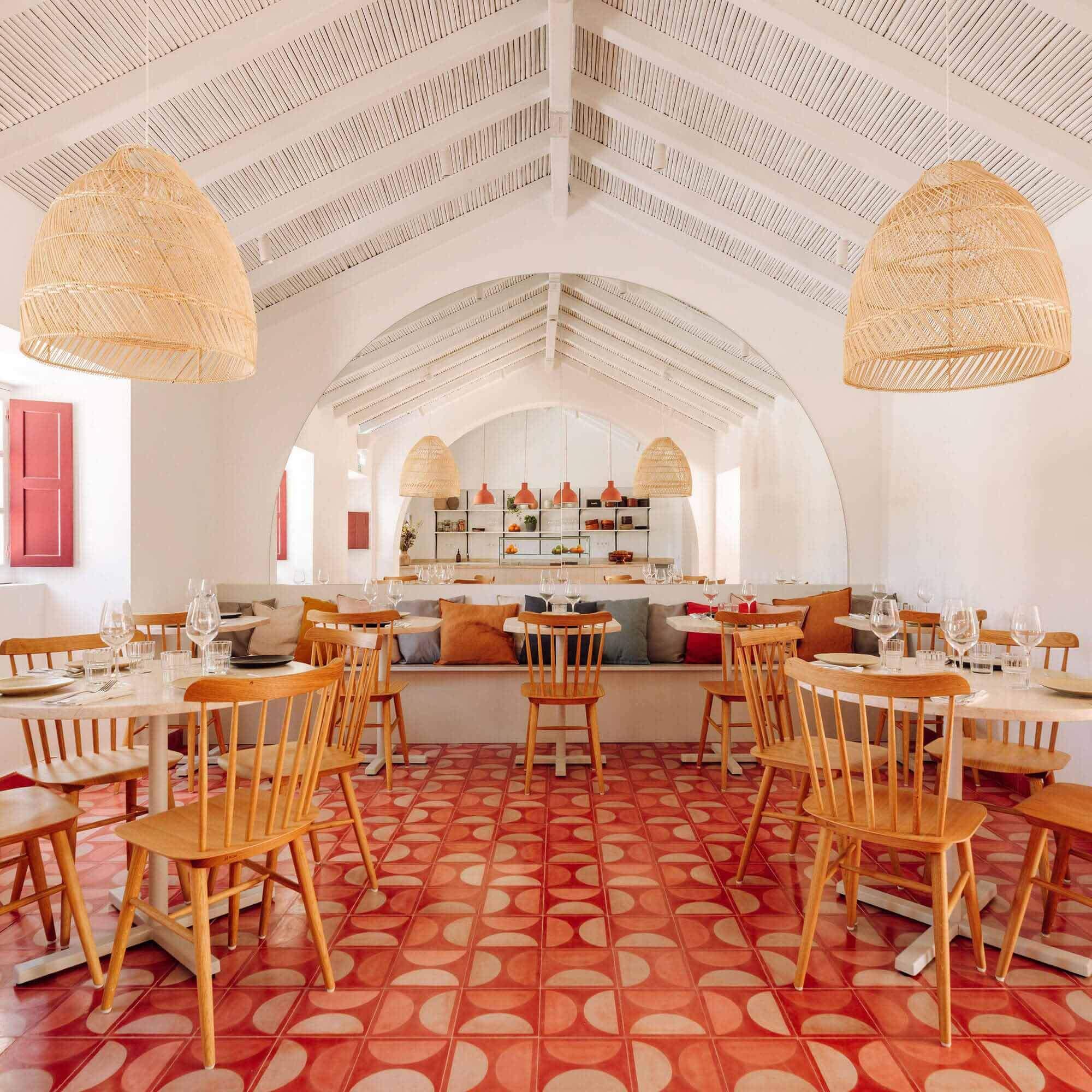 Ресторан Abranda / LADO Arquitectura e Design