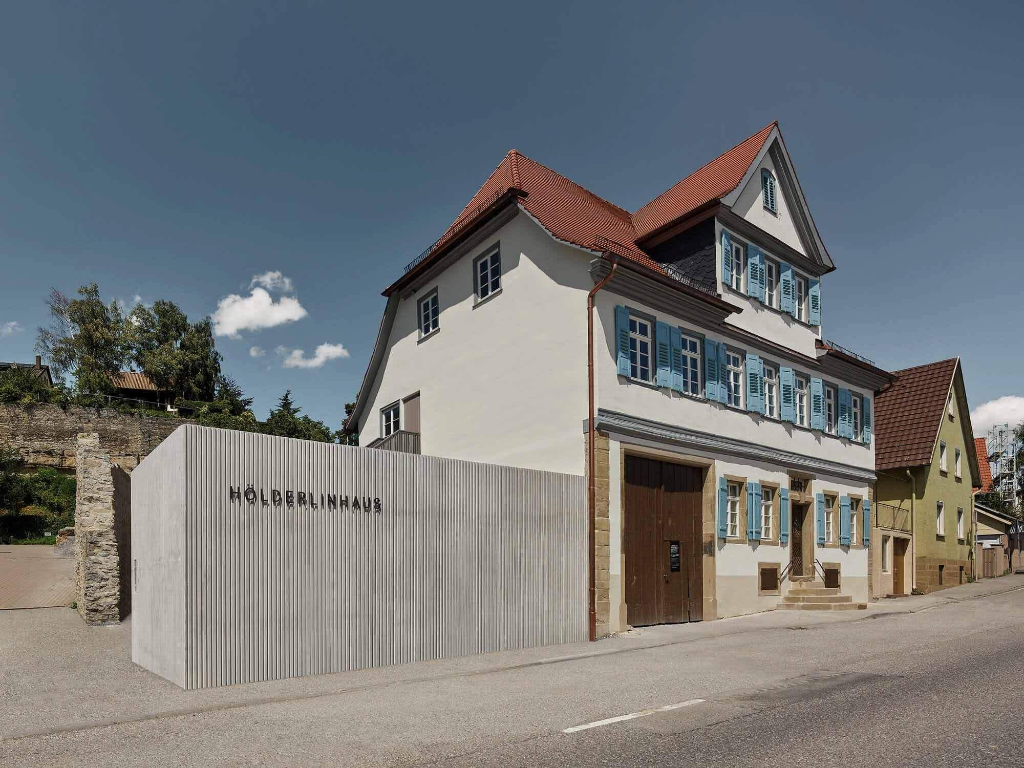 Hölderlinhaus / VON M  