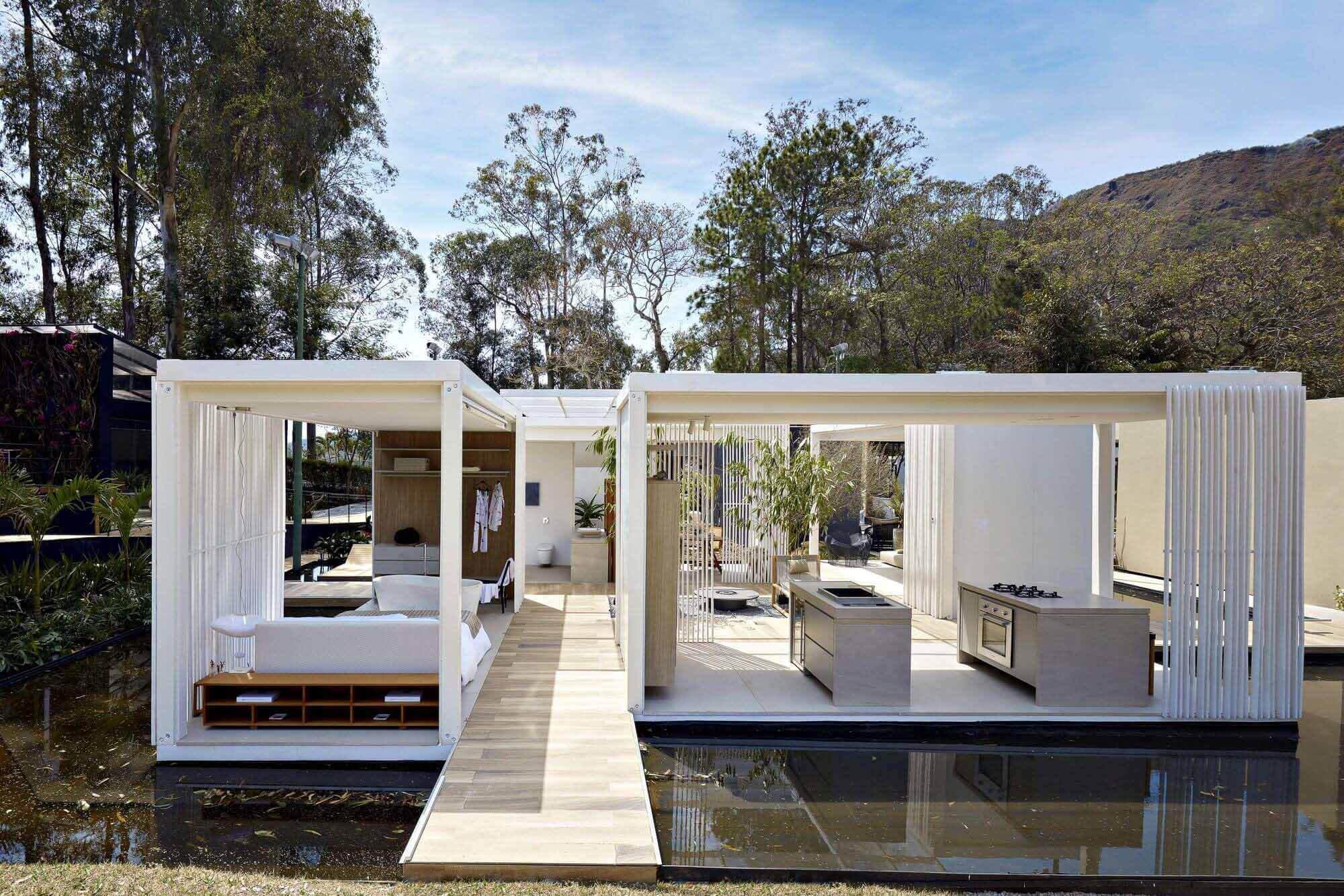Acqua House / Cristina Menezes Arquitetura