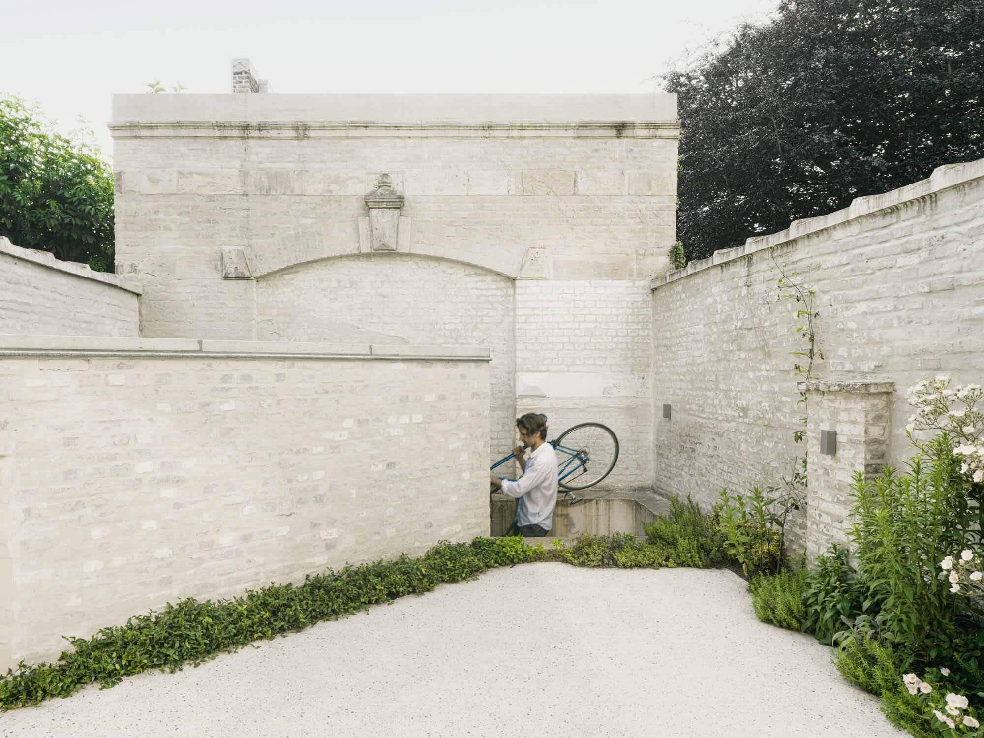 Дом C-DF / Graux & Baeyens Architects