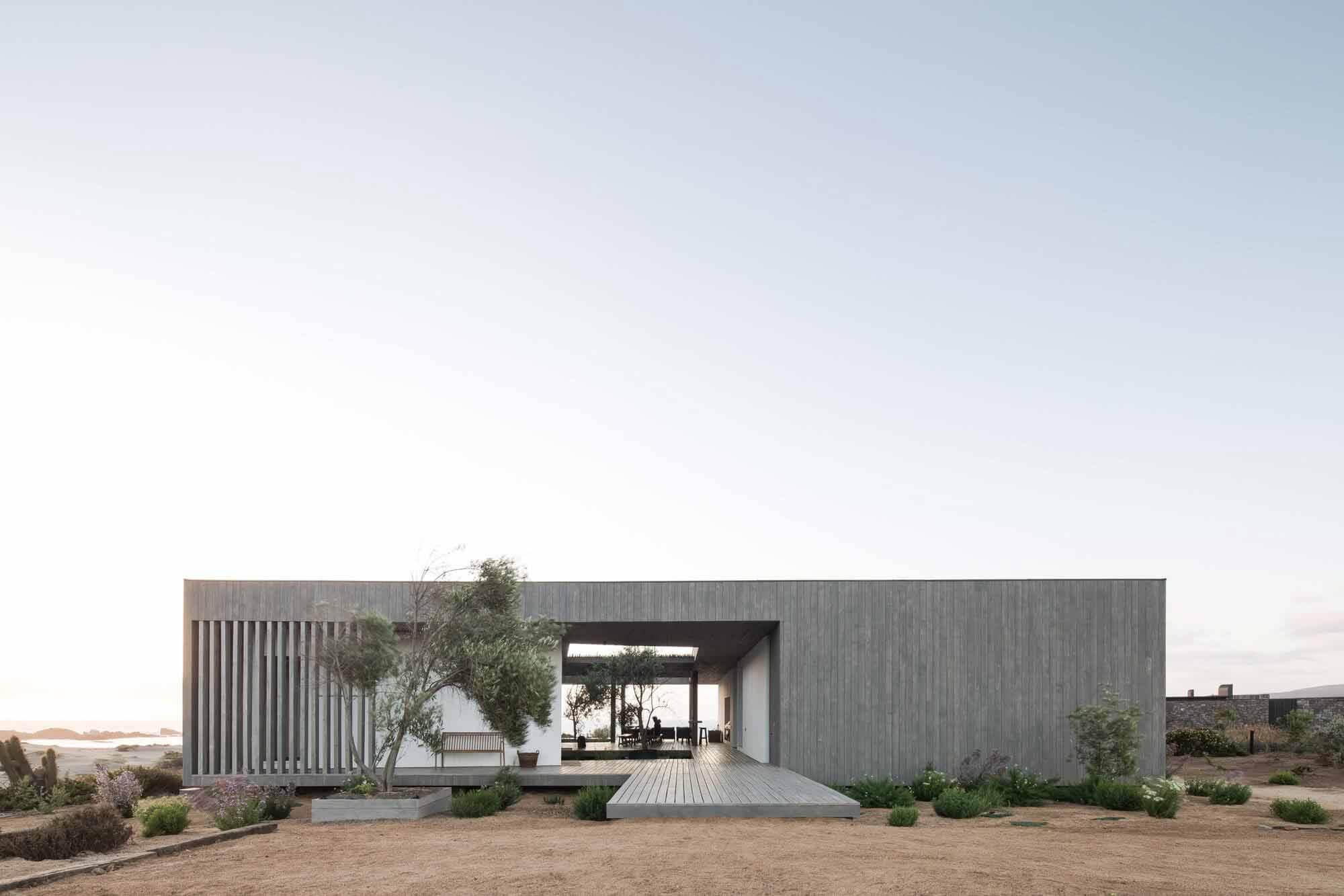 Дом 23 г. н.э. / Apio Arquitectos