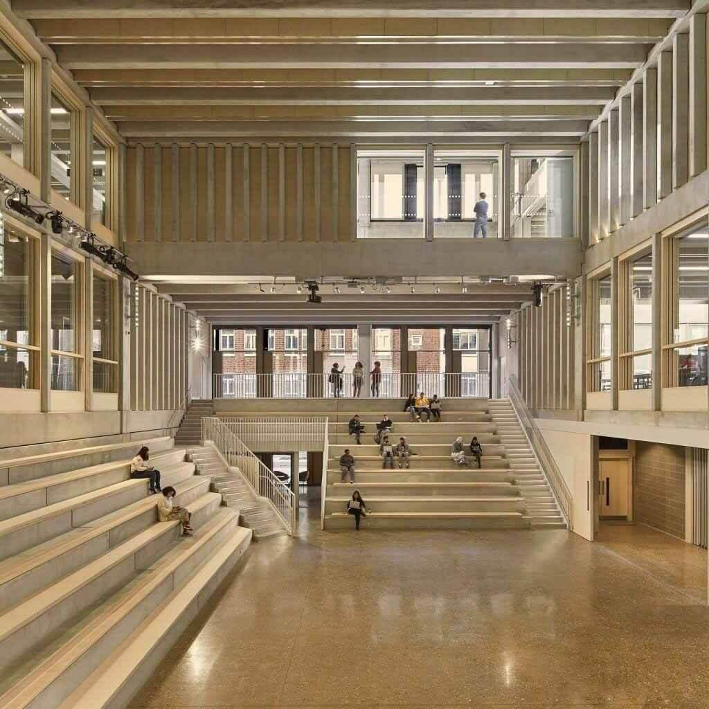 Городской дом Графтона — «будущее образования», — говорит Норман Фостер.