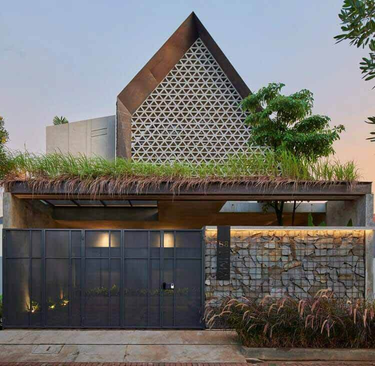 MP House / TIES, © Arti Pictures