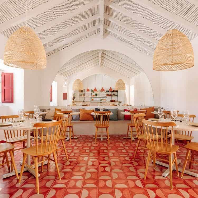 Ресторан Abranda / LADO Arquitectura e Design, © Франсиско Ногейра