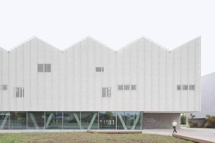 Спортивный центр для кампуса Überlingen School / wulf architekten, любезно предоставлено wulf architekten